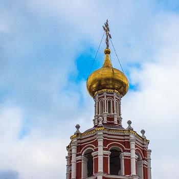 Крестный ход и экскурсия в Высоко-Петровском монастыре