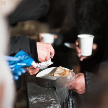 Масленица, кормление бездомных