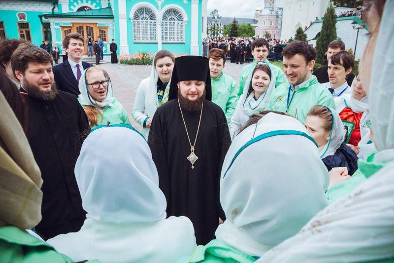 Патриаршее богослужение в праздник Святой Троицы в обители Преподобного Сергия