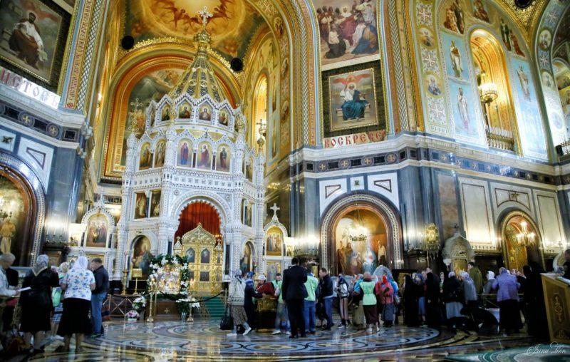 Как святитель Николай творит чудеса у нас на глазах