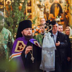 Поюще твоя чудеса, восхваляем тя, всехвальне Николае
