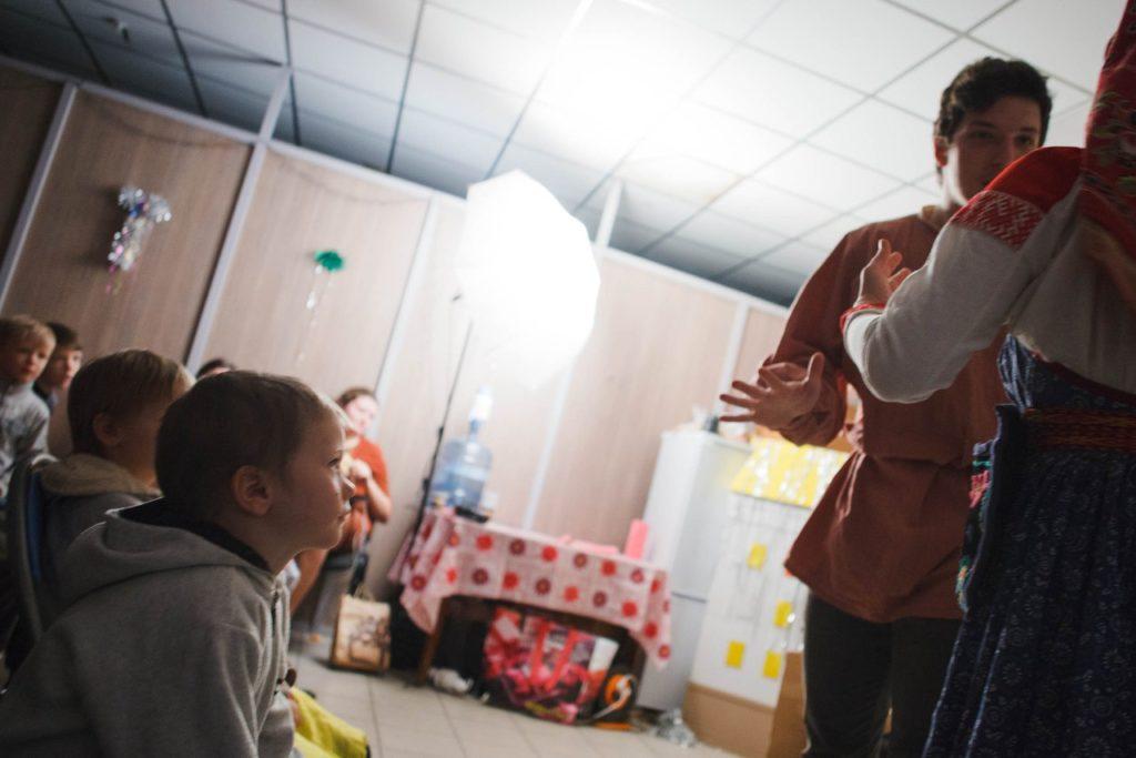 Взаимодействие актеров и детей