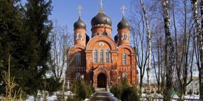 Патриаршее богослужение в Кресто-воздвиженском монастыре
