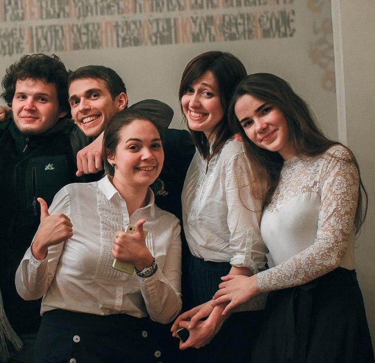 """Одежда """"прощай, молодость"""" и нудный разговор в День православной молодежи"""