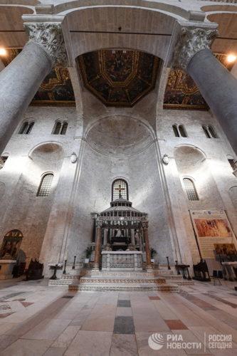 Мощи святителя Николая Чудотворца переданы во временное хранение РПЦ