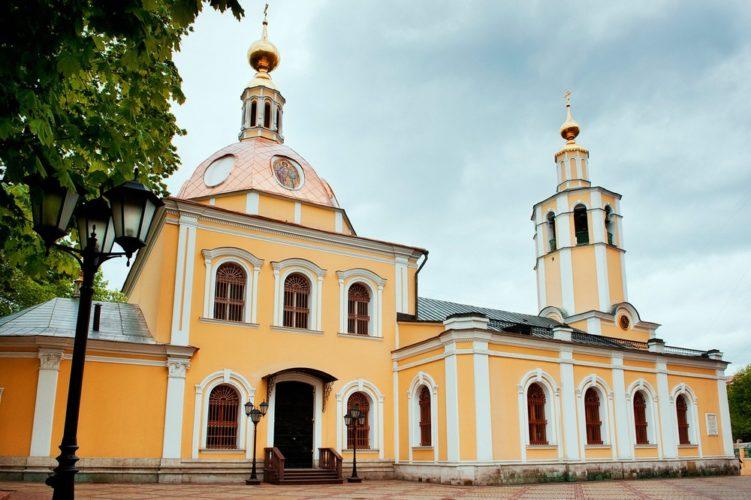 Храм всех Святых на Соколе