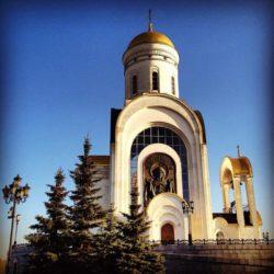 6 мая Патриаршее Богослужение на Поклонной Горе