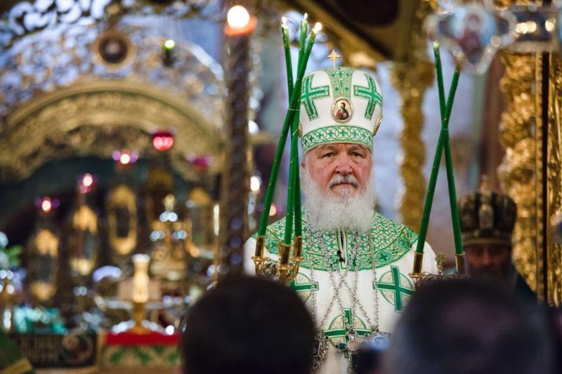 Патриарх всея Руси Кирилл на богослужении в Троице-Сергевой лавре