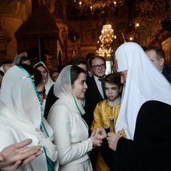 Патриаршая служба 8 января с хором Православных добровольцев